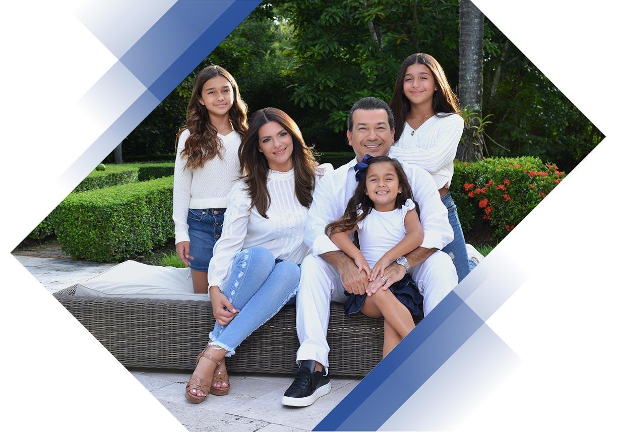 Barbara Bermudo junto a su Familia